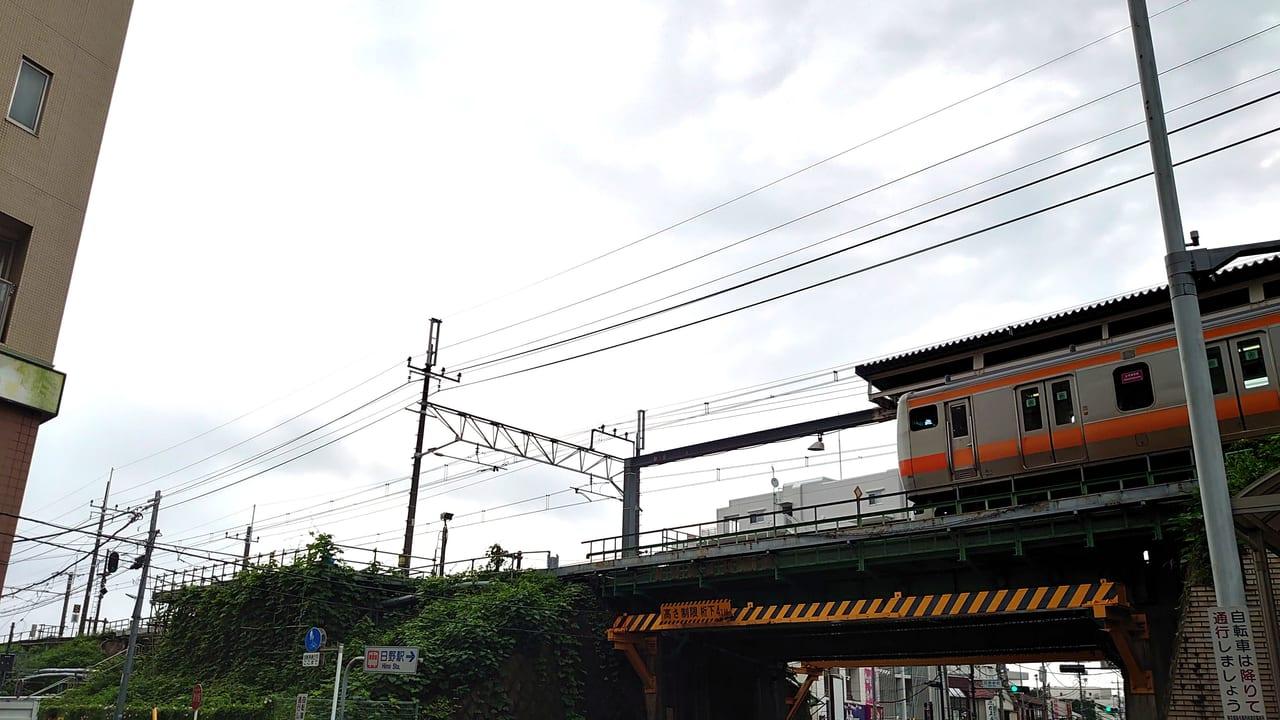 日野駅ホーム延伸工事中